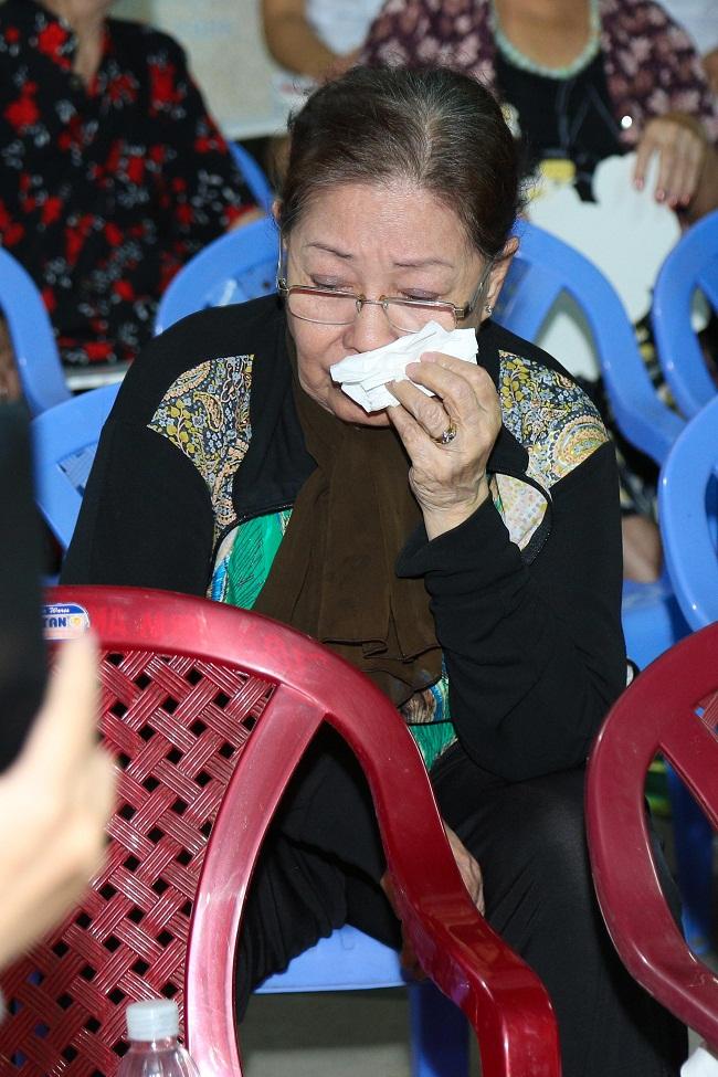 An Nguy, Trấn Thành không kìm được nước mắt trong buổi chúc tết các nghệ sĩ già - Ảnh 6.