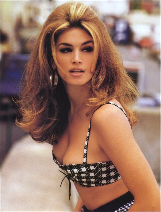 Những huyền thoại sắc đẹp của thập niên 90 khiến bạn thốt lên: Đây mới đúng là nữ thần! - Ảnh 9.