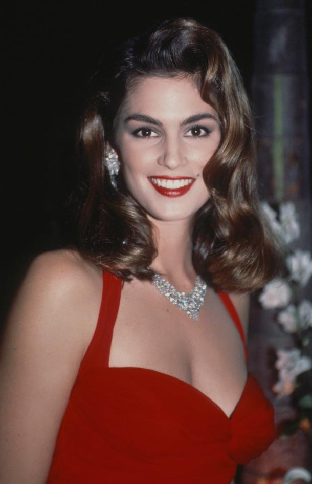 Những huyền thoại sắc đẹp của thập niên 90 khiến bạn thốt lên: Đây mới đúng là nữ thần! - Ảnh 3.