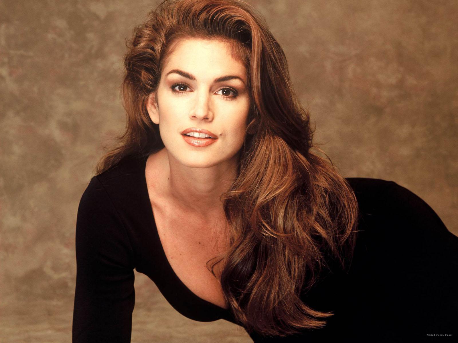 Những huyền thoại sắc đẹp của thập niên 90 khiến bạn thốt lên: Đây mới đúng là nữ thần! - Ảnh 1.