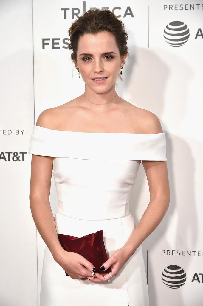 27 tuổi, Emma Watson đã lộ dấu hiệu lão hóa trên thảm đỏ LHP Tribeca - Ảnh 1.