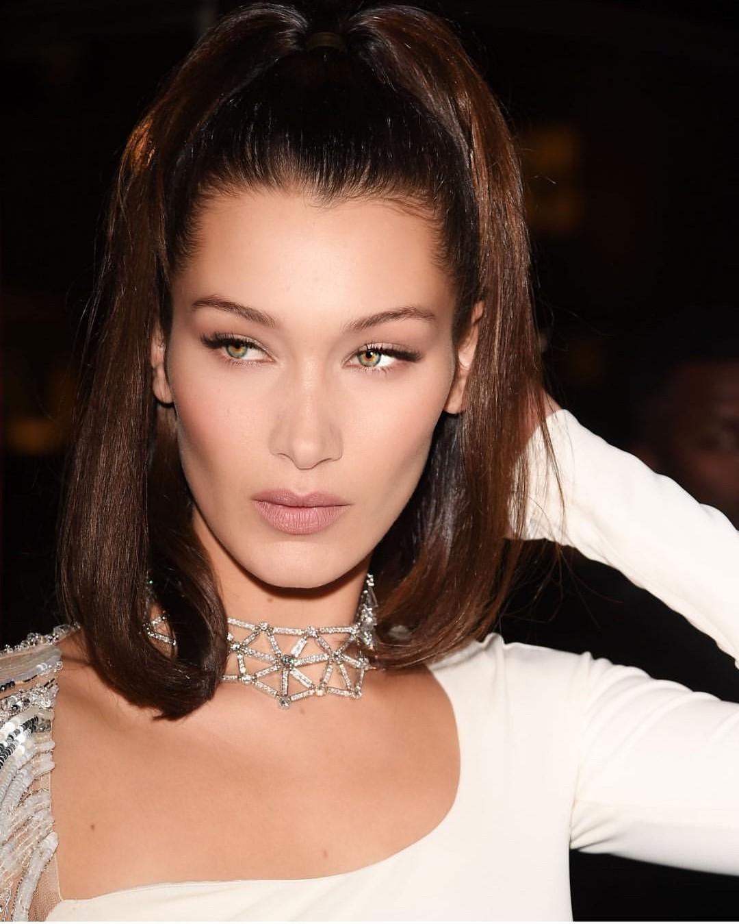Bảng xếp hạng làng thời trang trên Instagram năm 2017: siêu mẫu Kendall Jenner xưng hậu, nhà mốt Chanel xưng vương - Ảnh 16.
