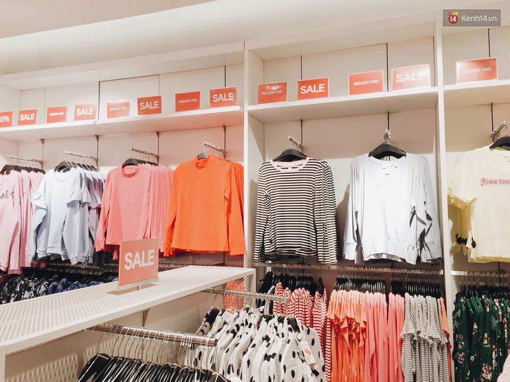Thông báo sale tới 50%, H&M khiến tín đồ thời trang Hà Nội hụt hẫng vì sale quá ít đồ và không sale đồ Đông - Ảnh 3.
