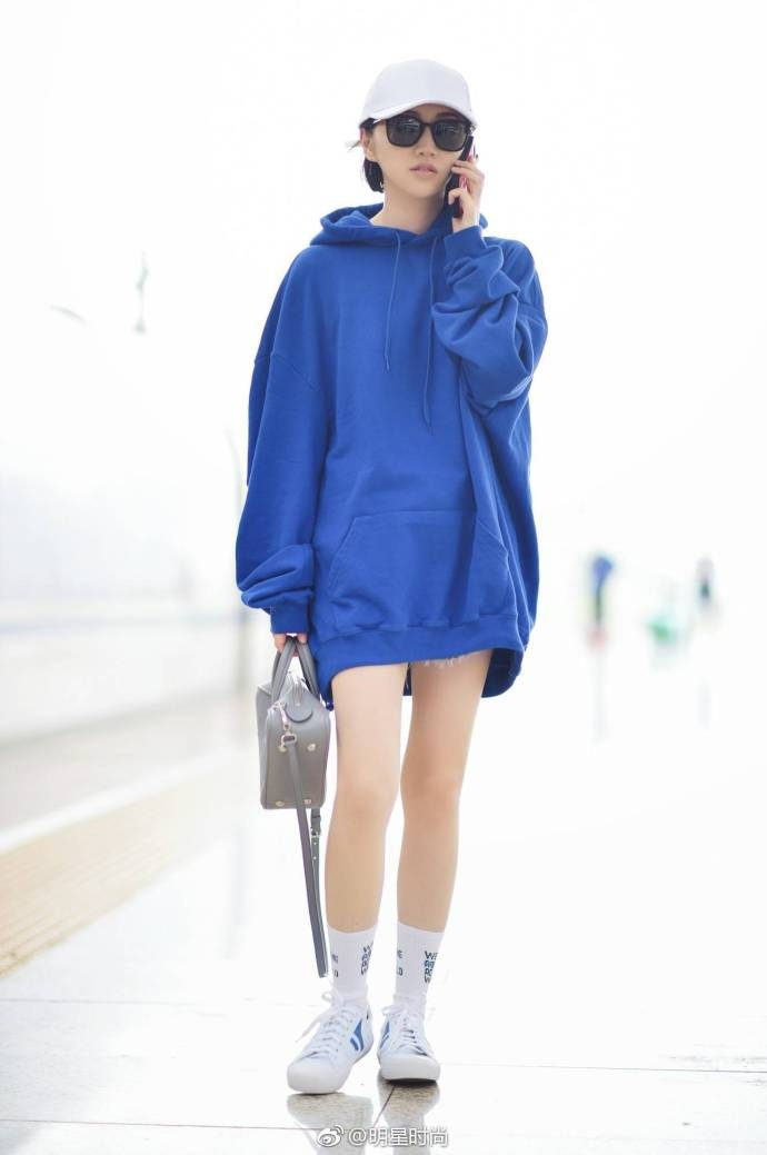 Sao Hoa Ngữ: Hiếm lắm mới có pha đụng hàng mà ai mặc cũng đẹp như Dương Mịch, Quan Hiểu Đồng, Cảnh Điềm
