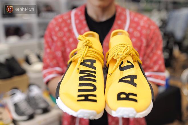 """da1cf573 63f1 4f20 a8fb 950a3cc367a1 1511251193698 1511252027679 - Những mẫu sneakers đỉnh nhất của """"đầu giày"""" Việt tại Sole Ex: hàng hiếm, giá ngất ngưởng từ 150 tới hơn 340 triệu đồng"""