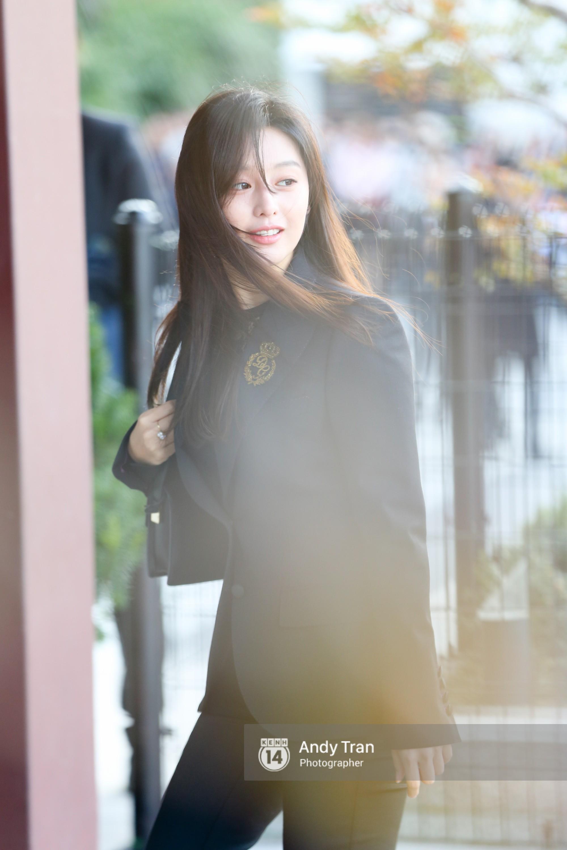 Sao Hàn: Sau cô dâu Song Hye Kyo, đây chính là mỹ nhân khiến fan đảo điên vì đẹp quá mức cho phép trong siêu đám cưới hôm qua