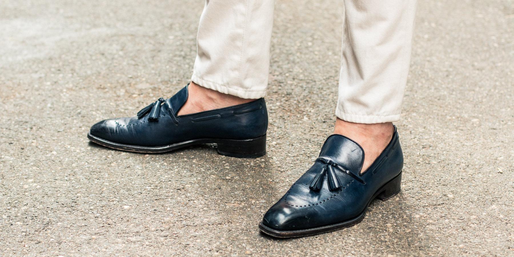 Nhiều người có thói quen đi giày không đi tất mà không biết hậu quả khủng khiếp sẽ xảy ra - Ảnh 3.