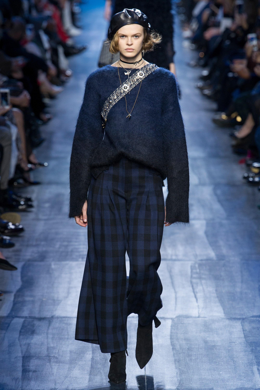 NTK Đỗ Mạnh Cường và giới mộ điệu Việt chê ỏng chê eo BST mới nhất của Dior - Ảnh 11.
