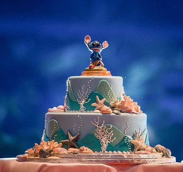 15 mẫu bánh cưới cảm hứng từ phim hoạt hình Disney - Ảnh 27.
