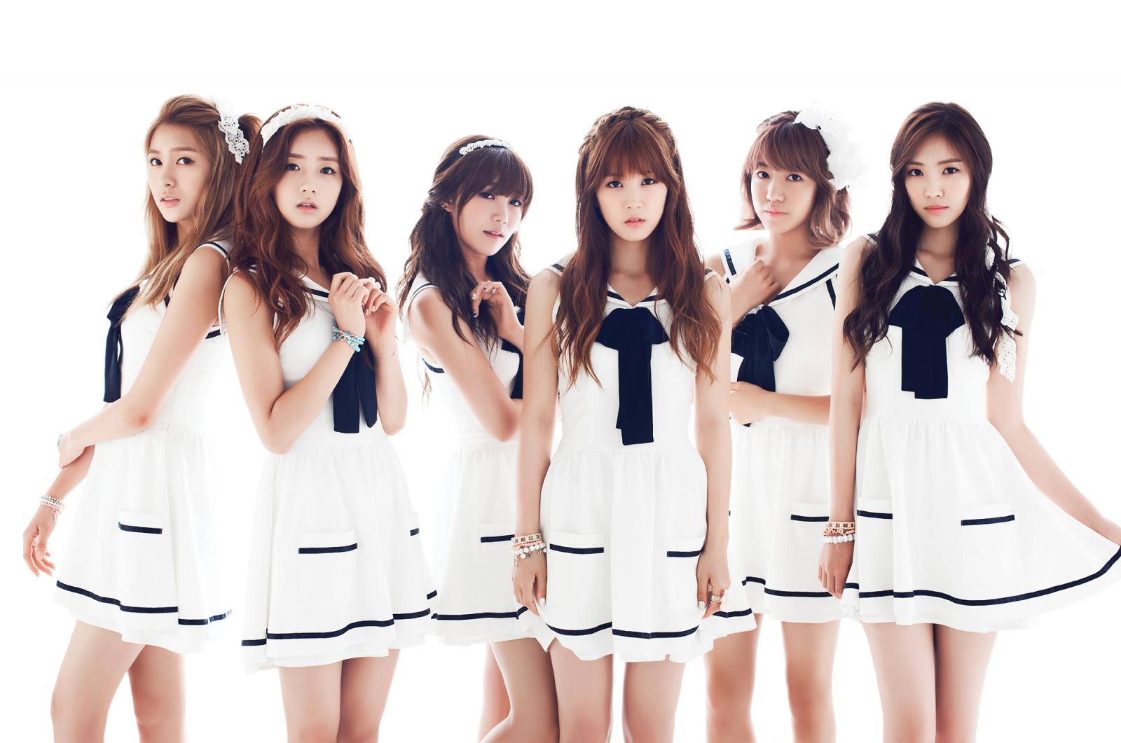 Nào có ai ngờ sẽ bắt gặp dấu vết của các idol Hàn tại... tiệm giặt là - Ảnh 4.