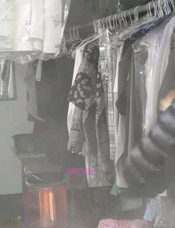 Nào có ai ngờ sẽ bắt gặp dấu vết của các idol Hàn tại... tiệm giặt là - Ảnh 1.