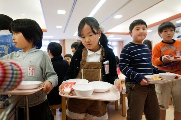 Không phải ngẫu nhiên mà Nhật Bản được mệnh danh là 1 trong những quốc gia trung thực nhất thế giới - Ảnh 6.