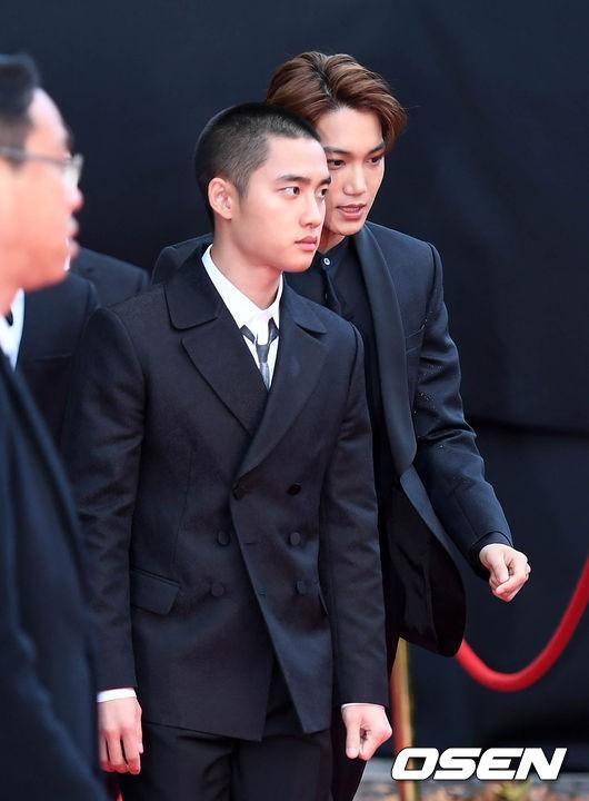 Asia Artist Awards bê cả showbiz lên thảm đỏ: Yoona, Suzy lép vế trước Park Min Young, hơn 100 sao Hàn lộng lẫy đổ bộ - Ảnh 29.