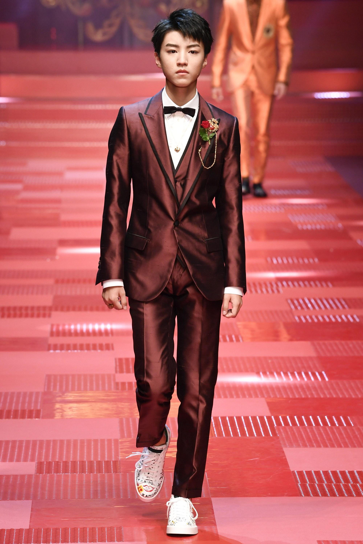Sàn diễn Dolce&Gabbana thành Đại hội mỹ nam, nổi nhất là Mario Maurer và Vương Tuấn Khải! - Ảnh 5.
