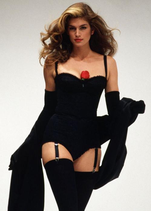 Những huyền thoại sắc đẹp của thập niên 90 khiến bạn thốt lên: Đây mới đúng là nữ thần! - Ảnh 8.