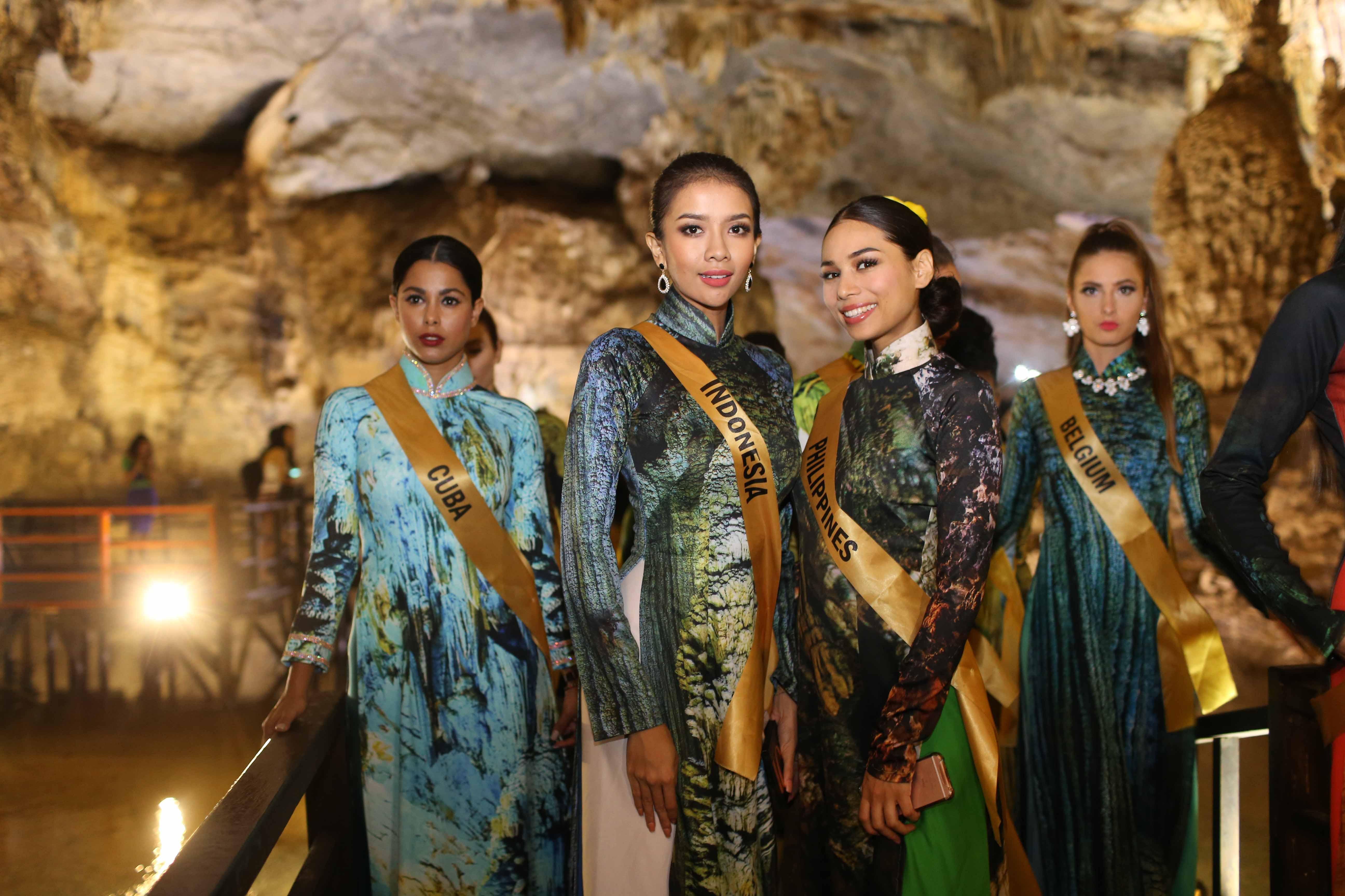 Huyền My xinh đẹp đọ sắc cùng các thí sinh Miss Grand International tại động Thiên Đường - Ảnh 10.