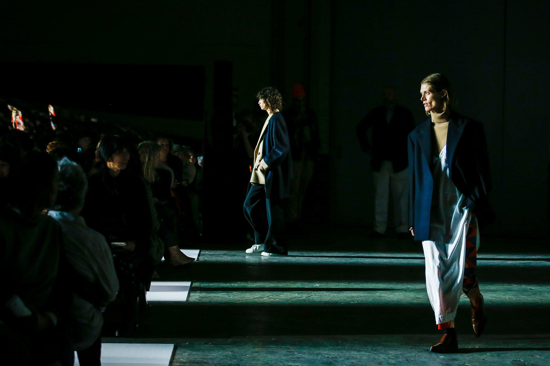 Dior không lọt top những BST xuất sắc nhất Tuần lễ thời trang Paris của Vogue - Ảnh 28.