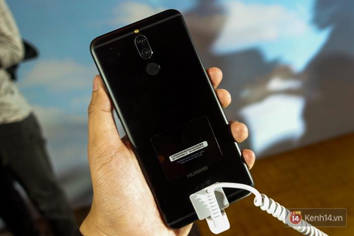Đánh giá smartphone có 4 camera Huawei Nova 2i: Thiết kế ấn tượng, chất lượng camera tốt, mức giá dễ chịu - Ảnh 2.