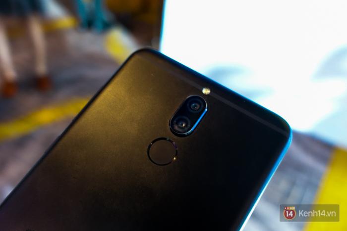 Đánh giá smartphone có 4 camera Huawei Nova 2i: Thiết kế ấn tượng, chất lượng camera tốt, mức giá dễ chịu - Ảnh 8.