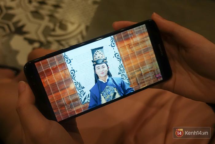 Đánh giá smartphone có 4 camera Huawei Nova 2i: Thiết kế ấn tượng, chất lượng camera tốt, mức giá dễ chịu - Ảnh 5.