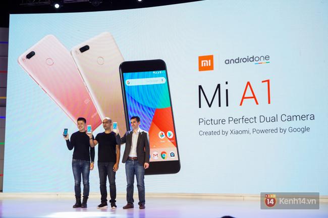 Trên tay smartphone tầm trung Mi A1 vừa ra mắt của Xiaomi: thiết kế đẹp, có camera kép và giá 5,3 triệu đồng - Ảnh 1.
