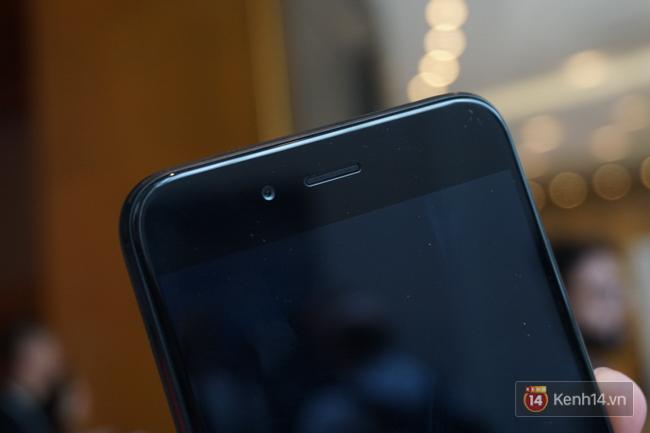 Trên tay smartphone tầm trung Mi A1 vừa ra mắt của Xiaomi: thiết kế đẹp, có camera kép và giá 5,3 triệu đồng - Ảnh 7.