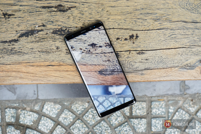 Thủ thuật hay trên Galaxy Note8: mở 1 lần 2 ứng dụng, cực kỳ tiện lợi - Ảnh 1.