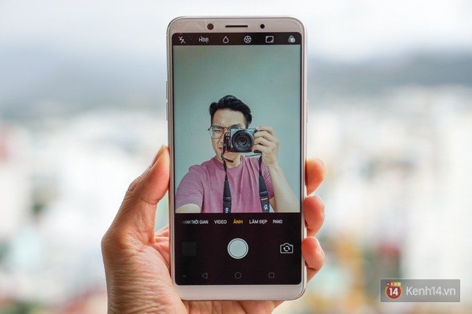 Trên tay F5: chiếc điện thoại viền siêu mỏng đầu tiên của Oppo, trang bị camera selfie AI 20 MP, có cả tính năng mở khóa bằng khuôn mặt - Ảnh 8.