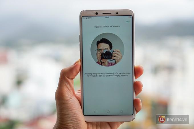 Trên tay F5: chiếc điện thoại viền siêu mỏng đầu tiên của Oppo, trang bị camera selfie AI 20 MP, có cả tính năng mở khóa bằng khuôn mặt - Ảnh 10.