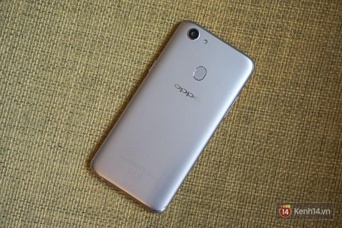Trên tay F5: chiếc điện thoại viền siêu mỏng đầu tiên của Oppo, trang bị camera selfie AI 20 MP, có cả tính năng mở khóa bằng khuôn mặt - Ảnh 5.