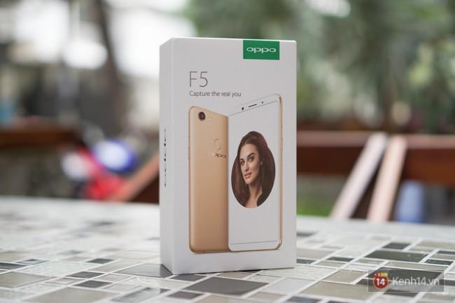 Trên tay F5: chiếc điện thoại viền siêu mỏng đầu tiên của Oppo, trang bị camera selfie AI 20 MP, có cả tính năng mở khóa bằng khuôn mặt - Ảnh 1.