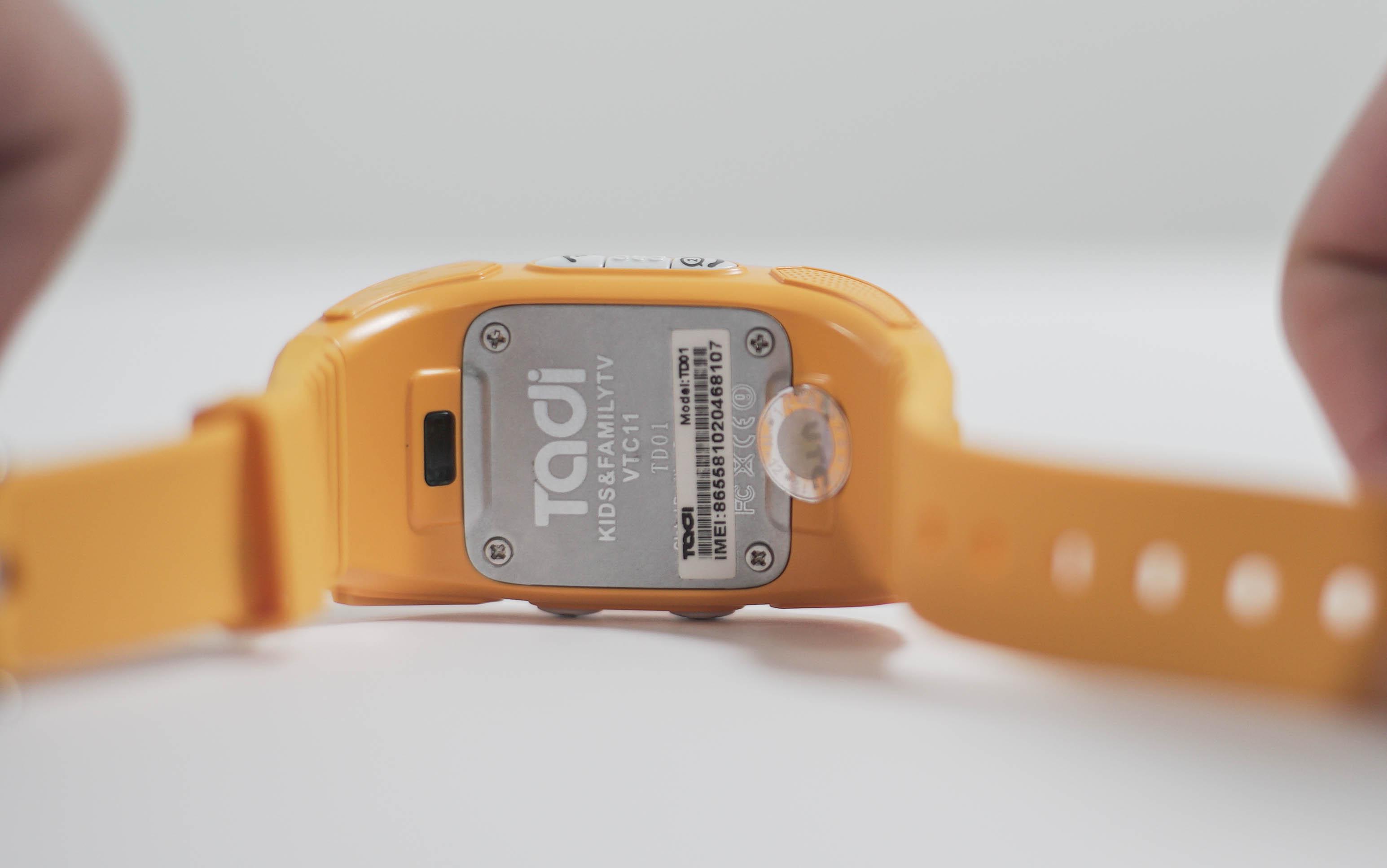 Trải nghiệm đồng hồ bảo mẫu dành cho trẻ em của Việt Nam: Có nút gọi bố mẹ trong trường hợp khẩn cấp - Ảnh 3.