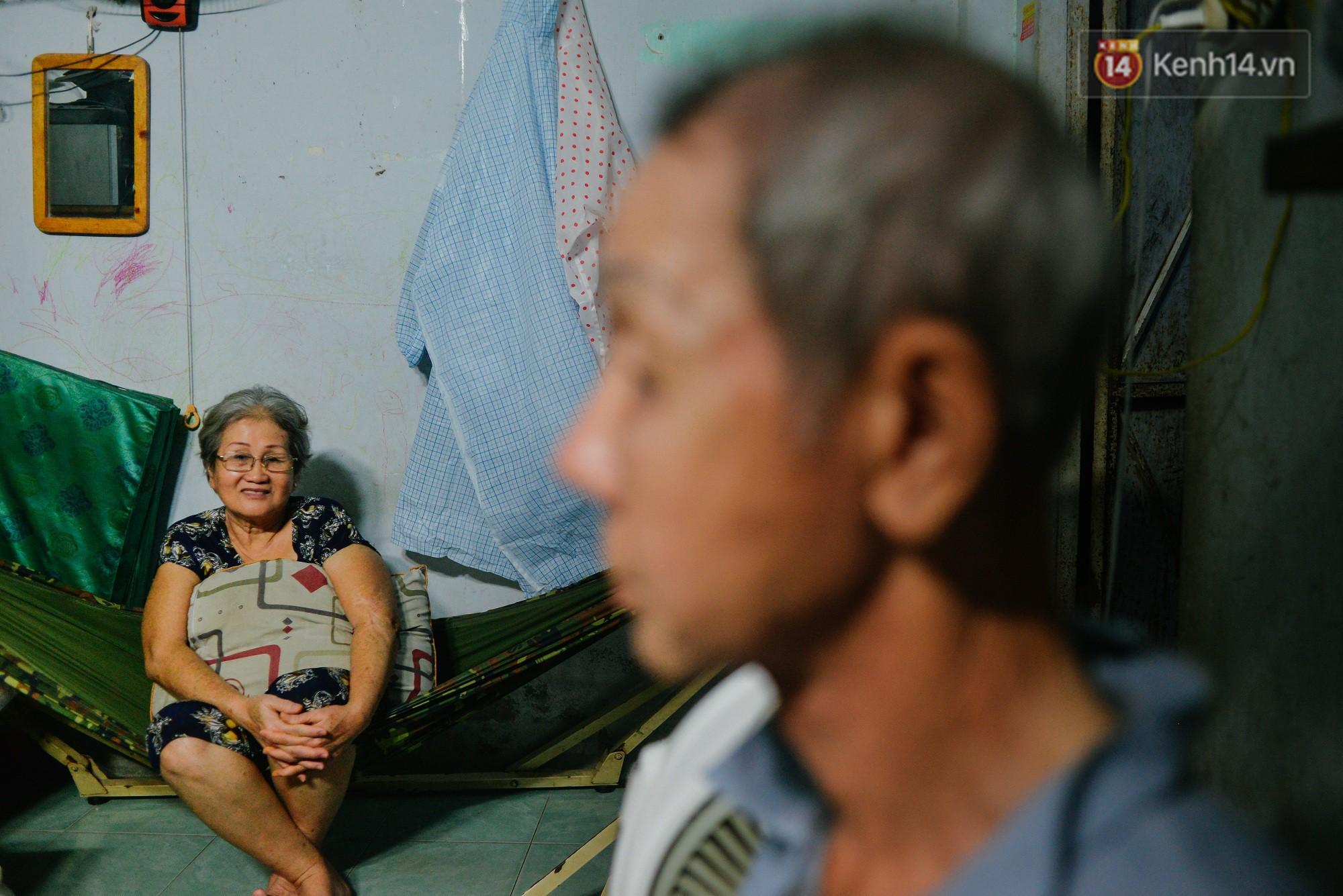 """Chuyện đời của """"cô đào"""" chuyển giới lớn tuổi nhất Việt Nam: Nửa đời hương phấn và sự đùm bọc của người bạn già tri kỷ - Ảnh 5."""