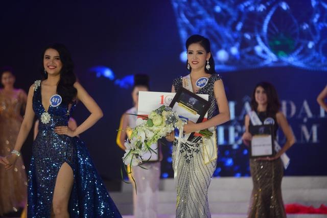 Nhan sắc gây tranh cãi của cô gái vượt qua 30 đối thủ giành chiếc vương miện Hoa hậu Đại dương 2017 - Ảnh 7.
