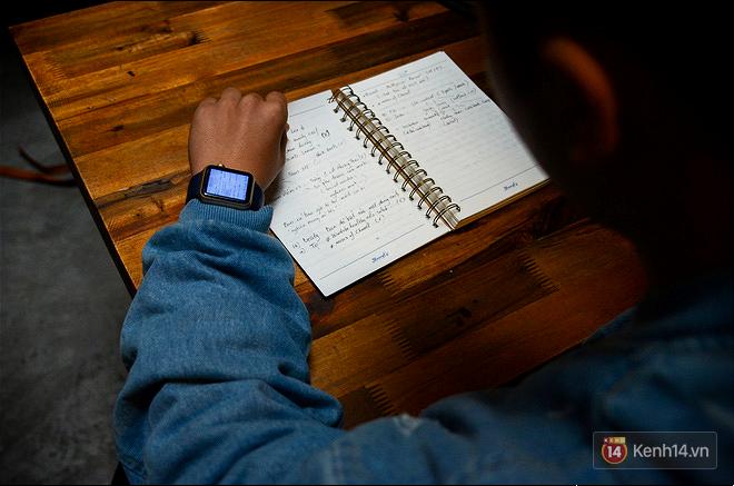 Sinh viên chăm chỉ học giỏi có ích gì khi vẫn thua một chiếc đồng hồ đeo tay? - Ảnh 4.