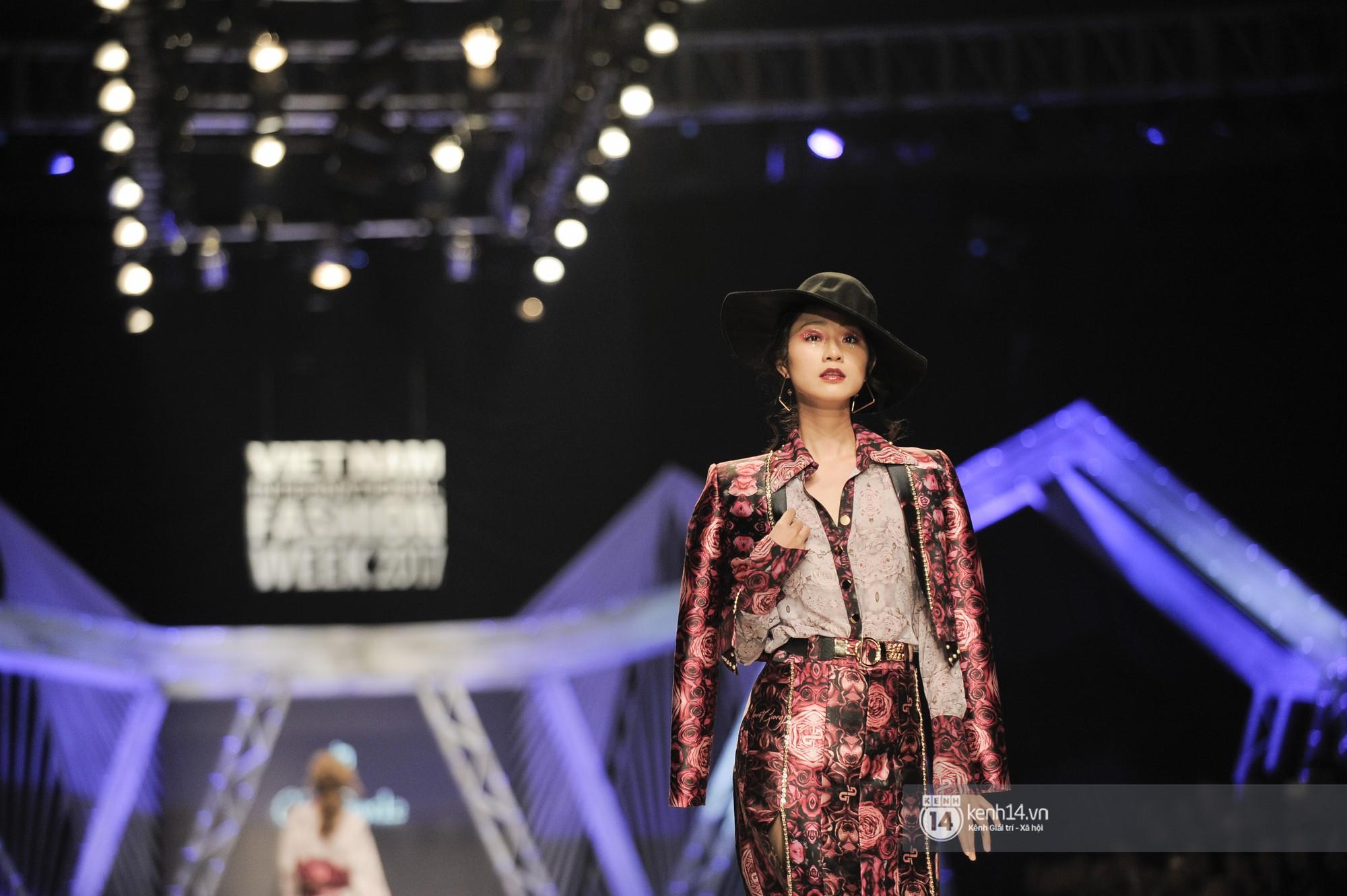 VIFW ngày 3: Huyền My tái xuất ngoạn mục, Võ Hoàng Yến lại làm vedette trong show Claret Giang Lê - Ảnh 7.