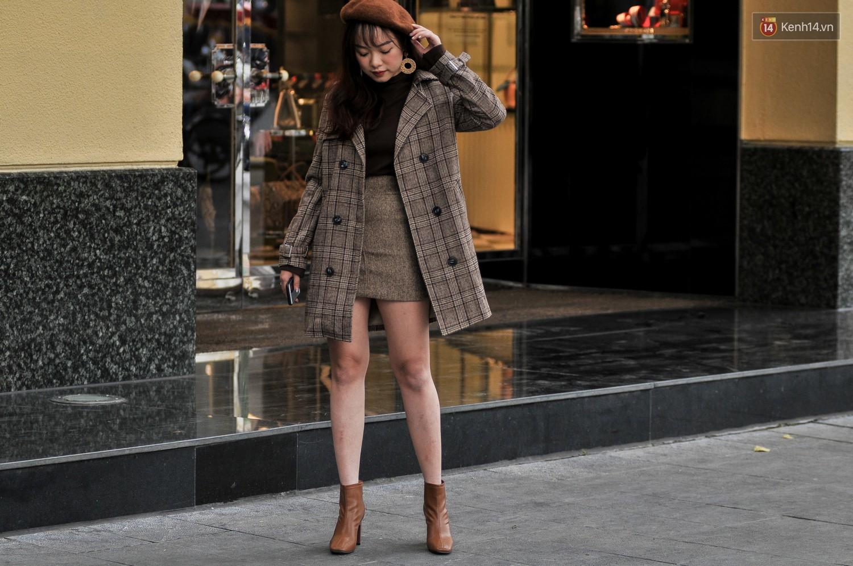 Street style 2 miền: không thời trang phang thời tiết, giới trẻ trổ tài lên đồ ấm áp nhưng vẫn hút mắt - Ảnh 1.