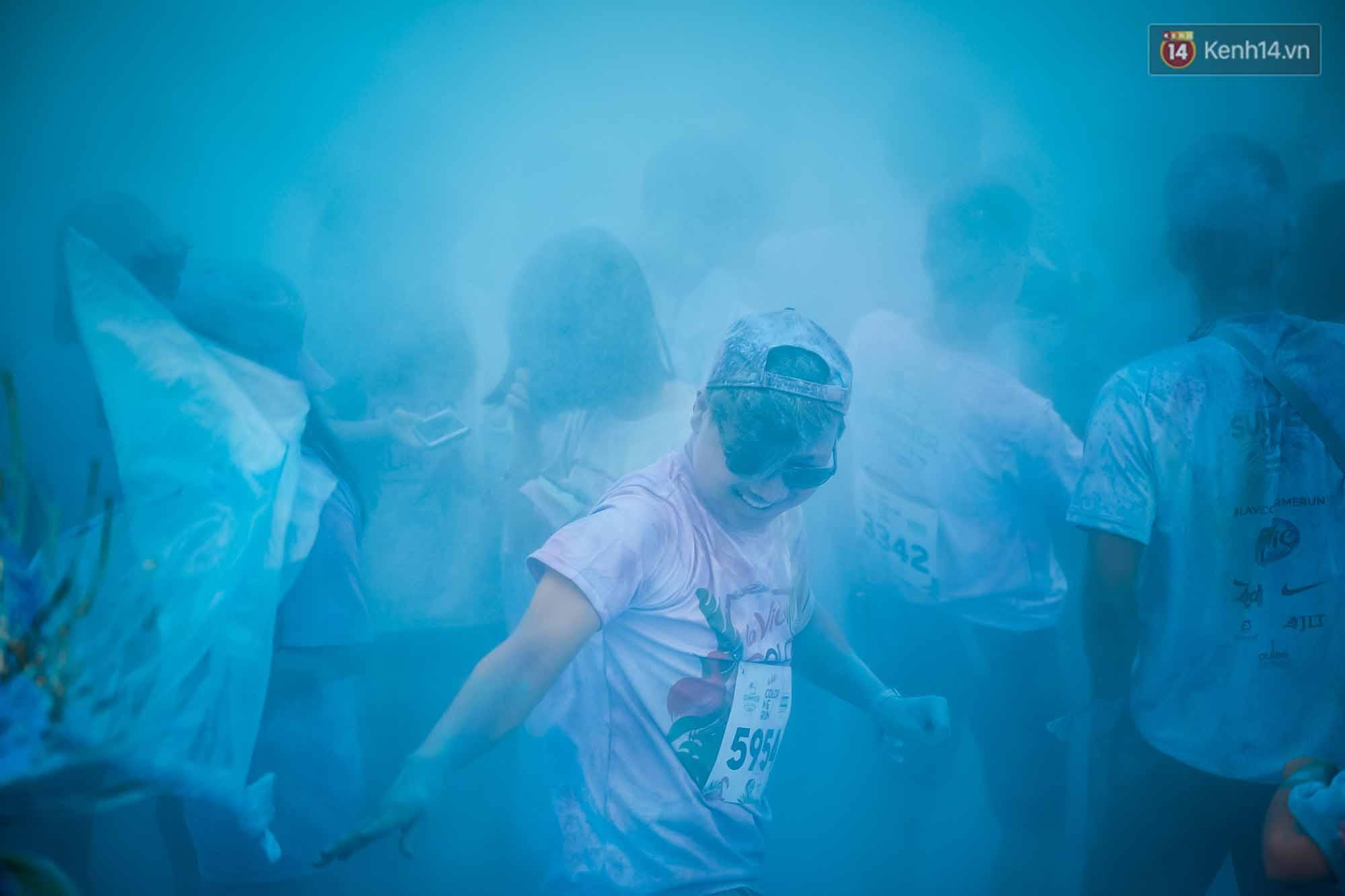 Những khoảnh khắc chứng minh đi Color Me Run lúc nào cũng vui và được quẩy hết mình! - Ảnh 3.