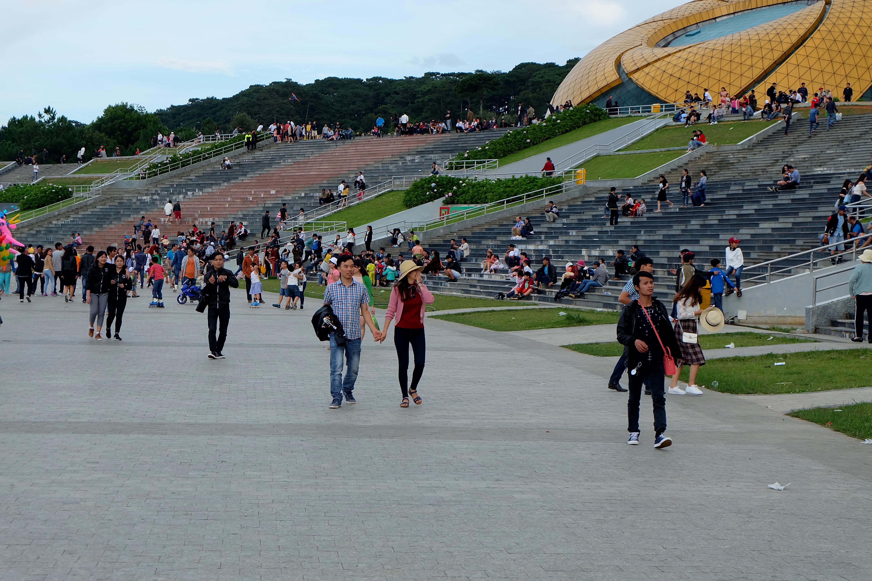 Đà Lạt: Quảng trường Lâm Viên tấp nập du khách dịp nghỉ lễ Quốc khánh - Ảnh 5.