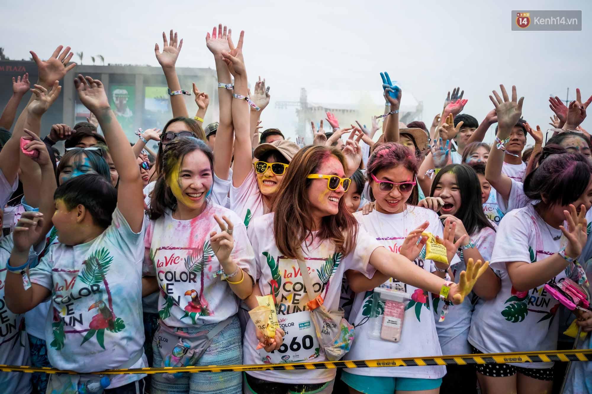 Những khoảnh khắc chứng minh đi Color Me Run lúc nào cũng vui và được quẩy hết mình! - Ảnh 6.