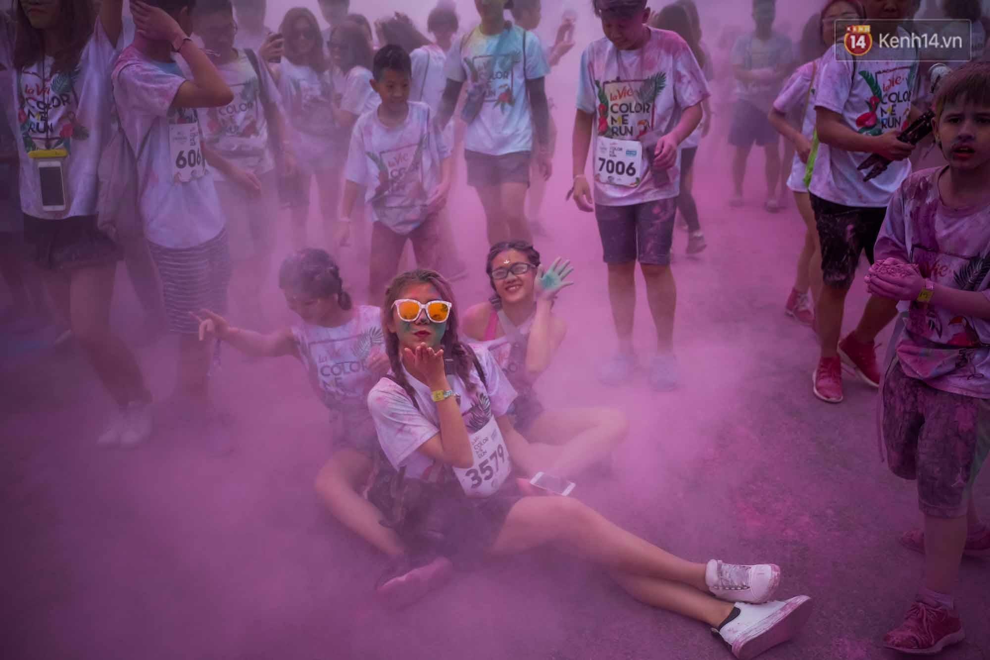Những khoảnh khắc chứng minh đi Color Me Run lúc nào cũng vui và được quẩy hết mình! - Ảnh 8.