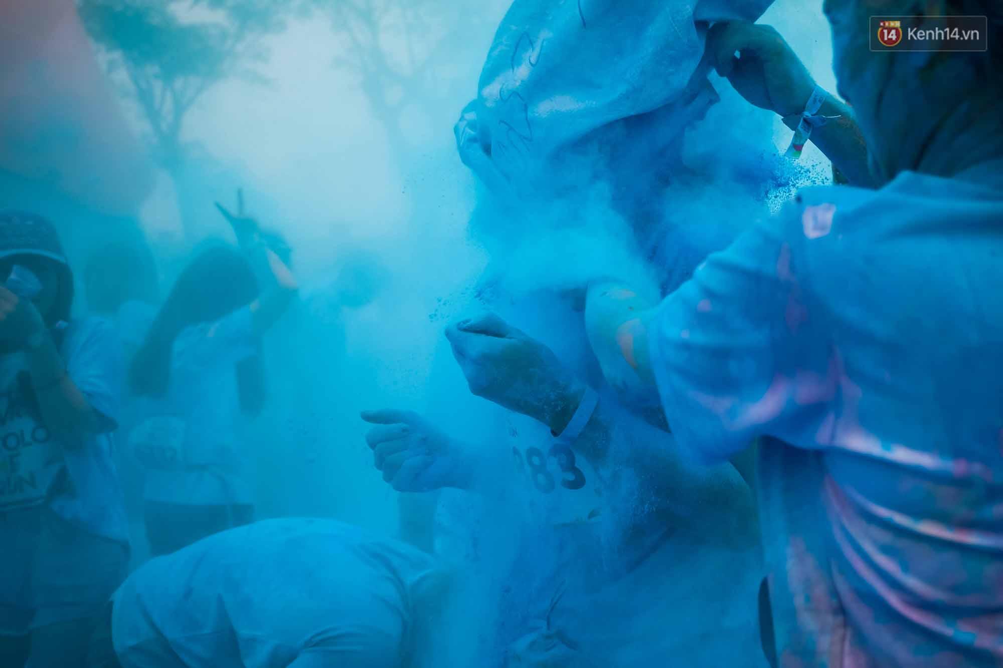 Những khoảnh khắc chứng minh đi Color Me Run lúc nào cũng vui và được quẩy hết mình! - Ảnh 11.