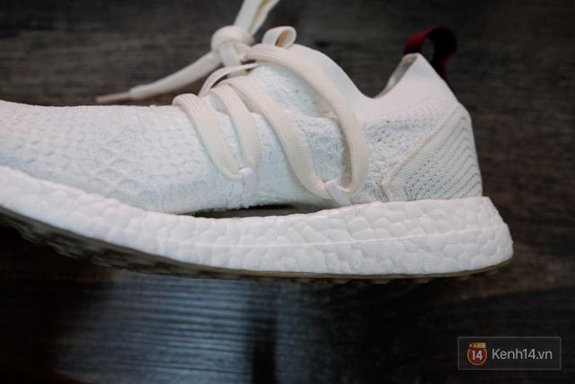 Review cận cảnh đôi adidas làm từ rác thải đại dương đã có mặt tại Việt Nam: đẹp - nhẹ và đế ngoài siêu bền - Ảnh 21.