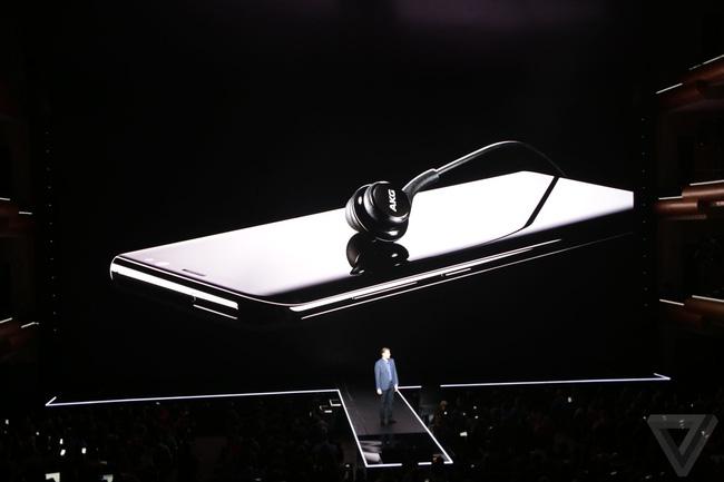 Không kịp xem sự kiện Samsung, đọc ngay để biết siêu phẩm Galaxy S8/S8 Plus có gì mà vạn người mê - Ảnh 13.