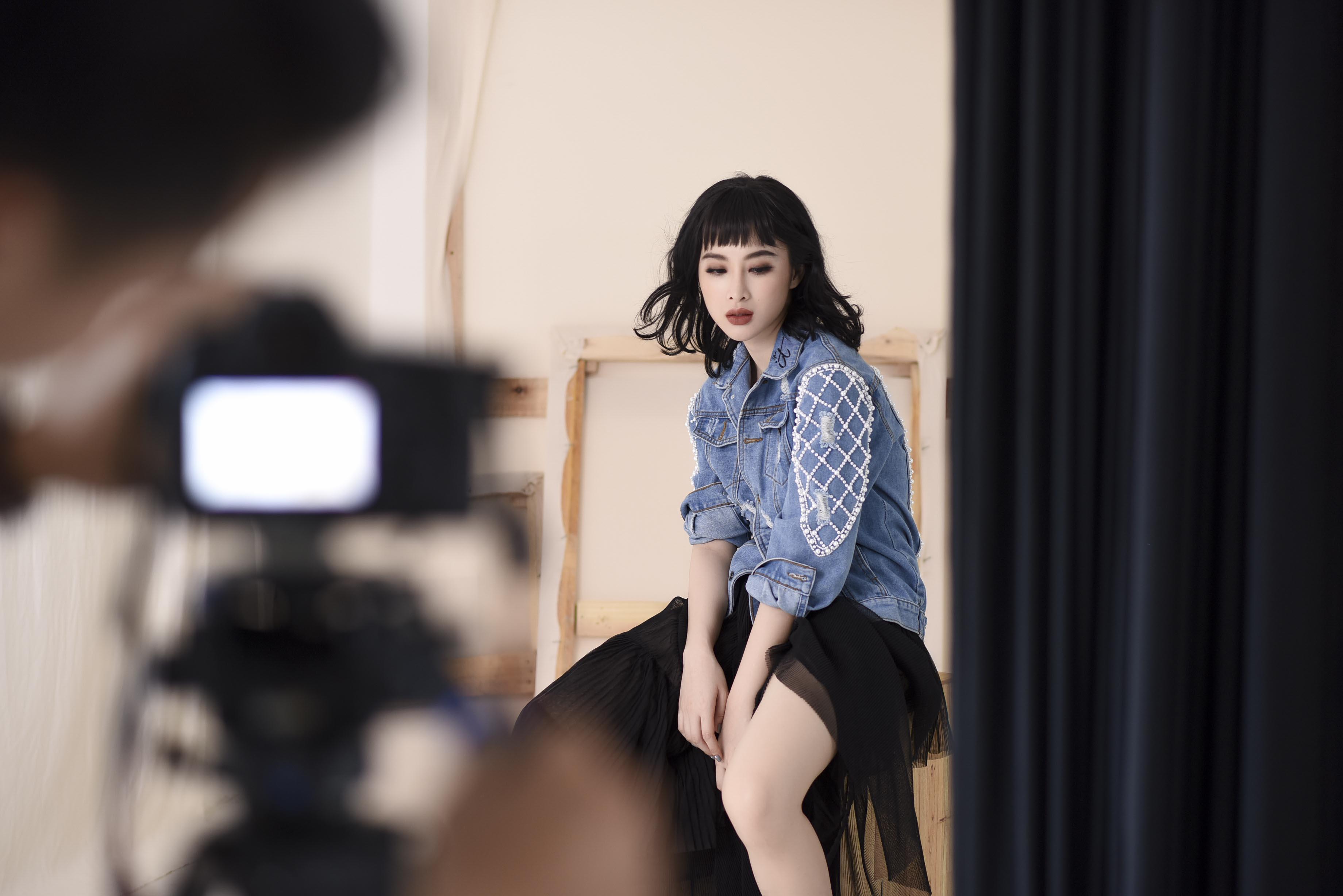 """Angela Phương Trinh không giấu tham vọng muốn thành """"It Girl"""" của làng thời trang Việt - Ảnh 13."""