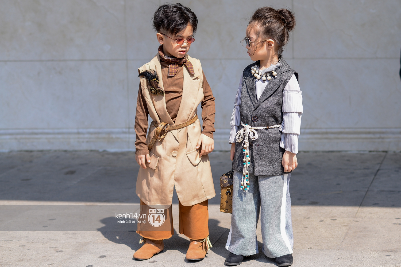 Street style ngày 2 VIFW: Dàn mẫu danh tiếng nhập cuộc, giới trẻ Hà thành thi nhau khoe phong cách dị cùng loạt màu tóc nổi bần bật - Ảnh 14.