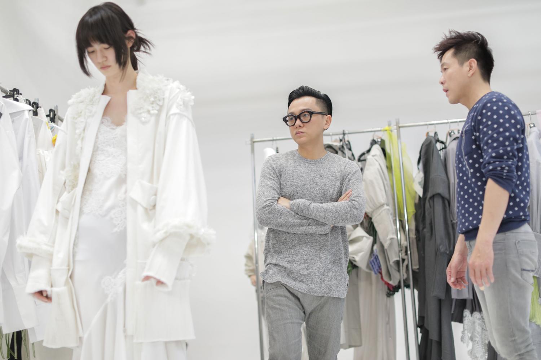 Ngày đầu tiên tại Seoul Fashion Week vừa kết thúc, Phí Phương Anh cùng Em Hoa đã lên ngay Vogue! - Ảnh 4.