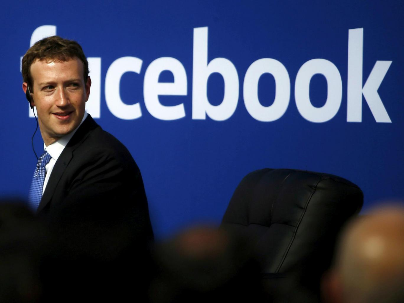 Facebook sẽ ẩn bài viết của những người thả thính quá nhiều trên mạng xã hội - Ảnh 1.