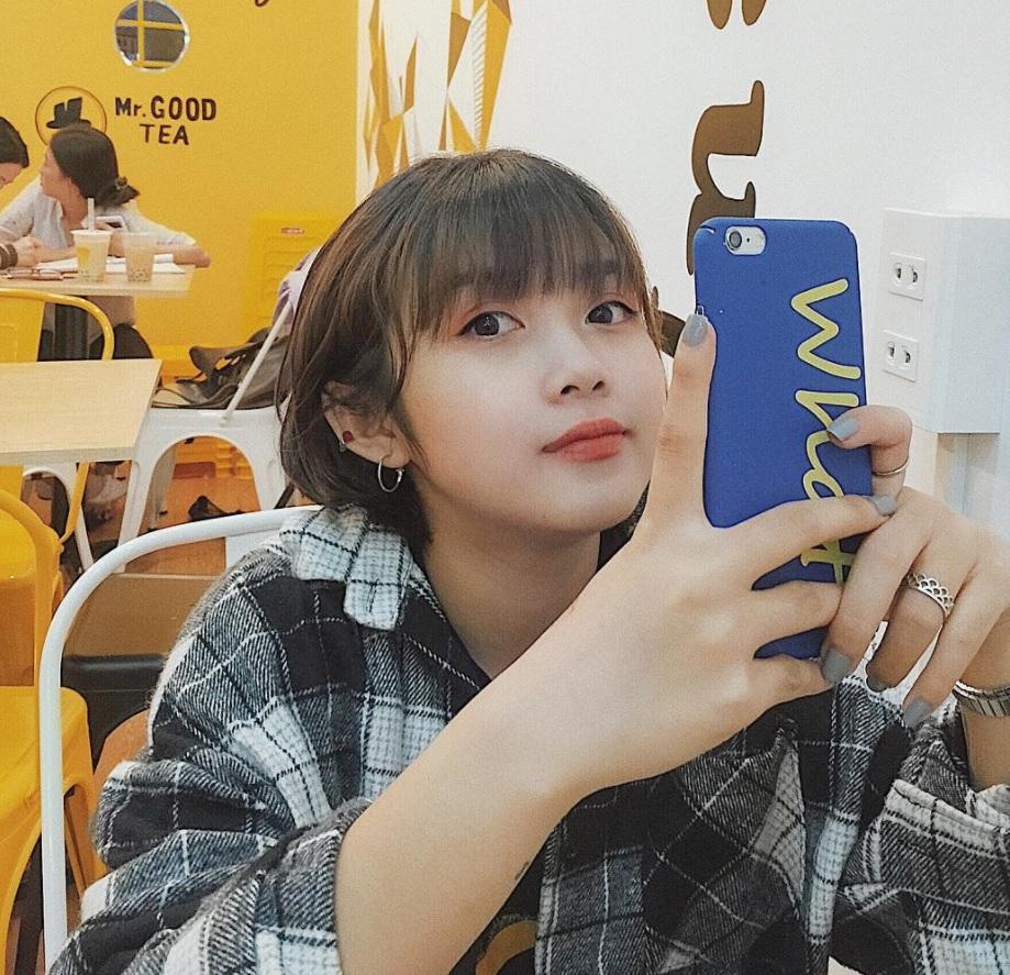 """Cô nàng Pleiku đang siêu hot trên Instagram: Không chỉ xinh mà còn """"nổi bần bật"""" vì cao đúng 1m50"""