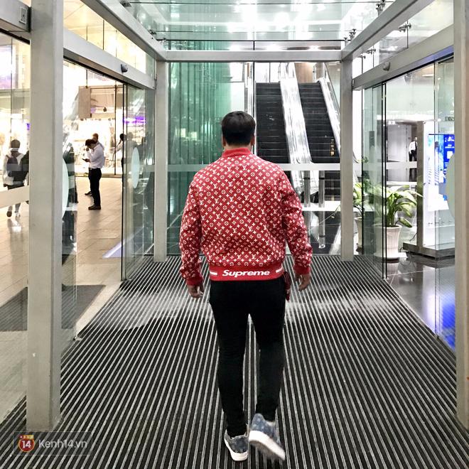 9x Việt độ giày từ đồ Louis Vuitton x Supreme hàng chục triệu đồng đang khiến giới chơi sneakers phát sốt - Ảnh 26.